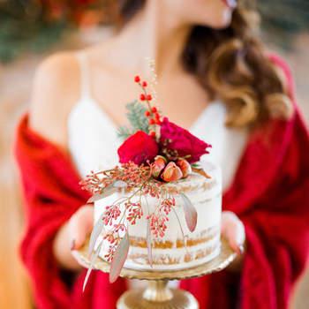 Cheira a Natal... porque não optar por bolos de casamento temáticos? | Créditos: Bakewell | Fotografia Momento Cativo | Produção Ninho da Noiva