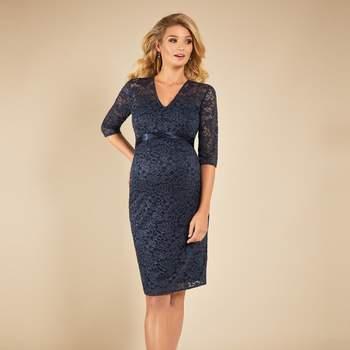 Suzie dress, by Tiffany Rose. Bron: BellyFashion