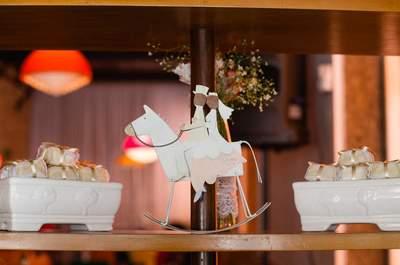 Monique e Cassio: casamento mágico estilo mini wedding com decor DIY