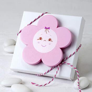 Caja con calamita flor rosa - Compra en The Wedding Shop