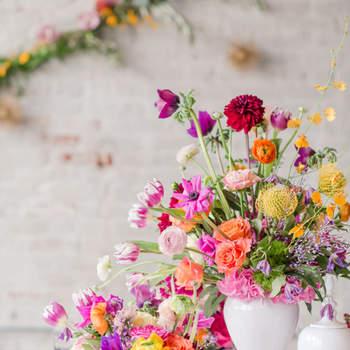 Decoración floral en varios tonos. Credits: Tina Jay Photography