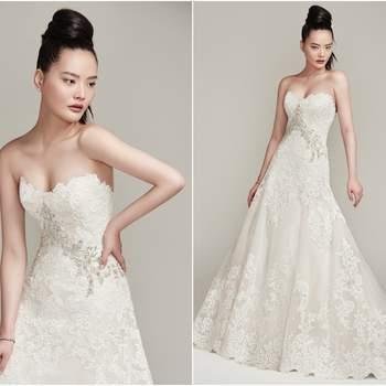 """Renda bordada e tule dão o luxo no vestido em """"A"""" com detalhes em cristais Swarovski.  <a href=""""https://www.maggiesottero.com/sottero-and-midgley/walker/9888"""" target=""""_blank"""">Sottero &amp; Midgley</a>"""
