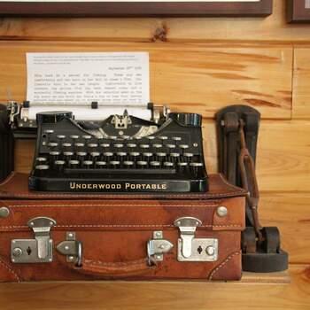Centro de Mesa Vintage con Máquinas de escribir