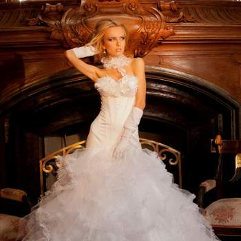 Robe de mariée Oksana Mukha 2012, modèle Matilda. - Source : Oksana Mukha