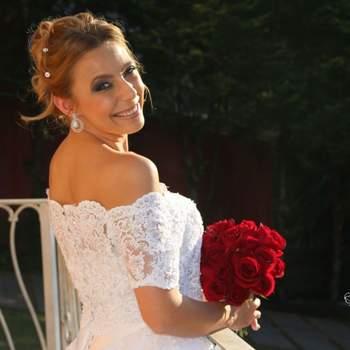 Cabelo de noiva preso   Credits: divulgação