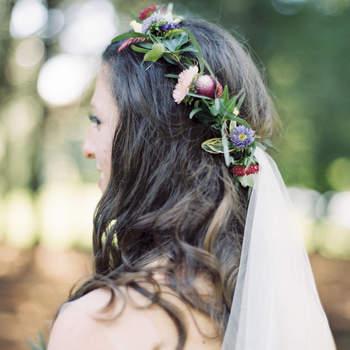 Coronas de flores para novias, ¡luce un accesorio natural!