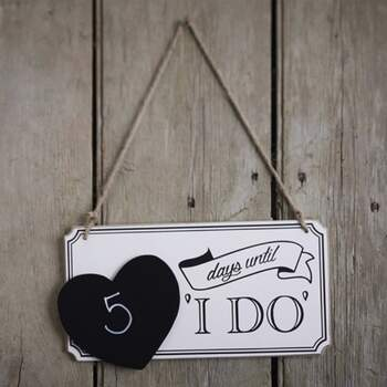 Signe Love Countdown - The Wedding Shop !