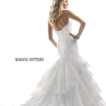 """<a href=""""http://www.maggiesottero.com/dress.aspx?style=4MS855"""" target=""""_blank"""">Maggie Sottero Platinum 2015</a>"""