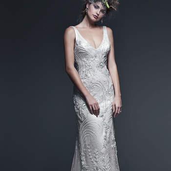 """Le glamour vintage rencontre la beauté moderne avec cette robe fourreau brodée de perles chatoyantes Le décolleté profond en V sublime la silhouette.   <a href=""""http://www.sotteroandmidgley.com/dress.aspx?style=5SC712"""" target=""""_blank"""">Sottero &amp; Midgley</a>"""