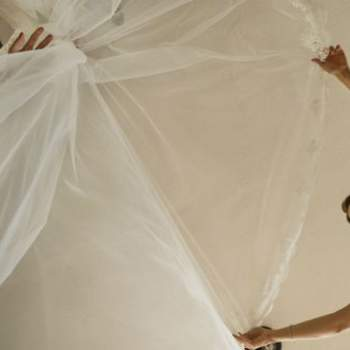 """Para toda novia, su vestido es un elemento clave del gran día. Foto: <a href=""""https://www.zankyou.es/f/jm-photoemotion-11527"""" target=""""_blank"""">JM Photoemotion</a>"""