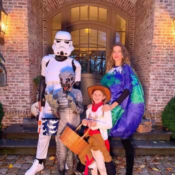 Gisele Bündchen e a família. Foto IG @gisele