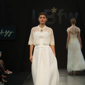 Credits: LBFW 2016 Bridal Collections Rembo Styling