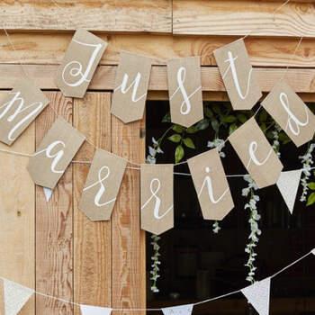 Guirlanda Just Married Rustico- Compra en The Wedding Shop