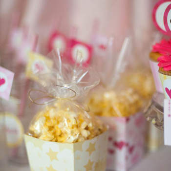 Foto: Chick Flick Hollywood Movie Night Party
