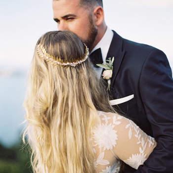 Penteado para noiva com cabelo solto   Credits: Katie Grant Photography