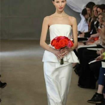 Vestido de noiva com saia peplum da colecção Carolina Herrera Primavera 2013