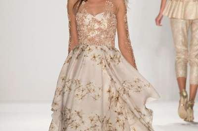 Badgley Mischka SS2015. Fonte Imaxtree