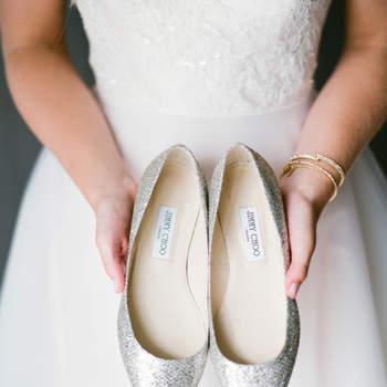 Zapatos plateados. Credits: Lindsay Madden Photography