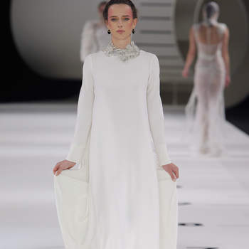 Yolan Cris. Credits: Barcelona Bridal Fashion Week