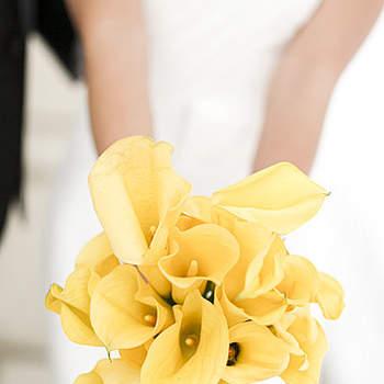 Os buquês de noiva são muito especiais! É preciso decidir com calma qual estilo quer escolher para compor o seu look de noiva, confira esses modelos de buquês de noiva diferentes e românticos.