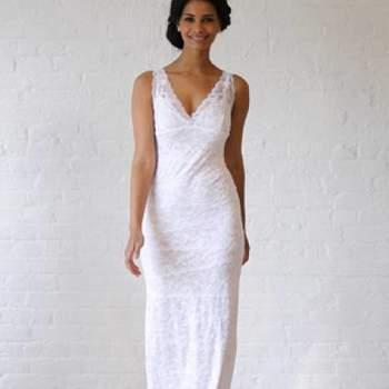 Simple et chic. Crédit photo : Robe de mariée David´s Bridal 2013  New York Bridal Fashion Week, printemps 2013.