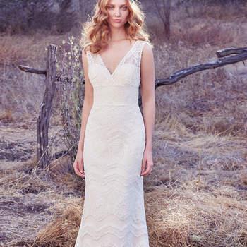 Wenn sie es schicker mögen und den Boho-Stil bevorzugen, dann sollten Sie sich dieses Brautkleid nicht entgehen lassen.