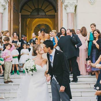Quoi de plus merveilleux que les proches à la sortie de l'église, une fois la cérémonie de mariage passée ? Photo: Pedro Bellido