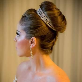 Cabelo de noiva preso   Credits: Sergio Ronaldo