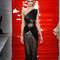 Espectacular vestido en tonos negros y marrones de la colección de Reem Acra.