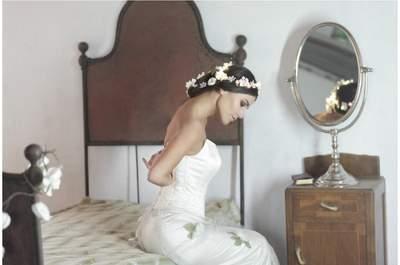 Per il tuo matrimonio, scegli un'acconciatura che si illumina: questa sì che è un'idea... brillante!