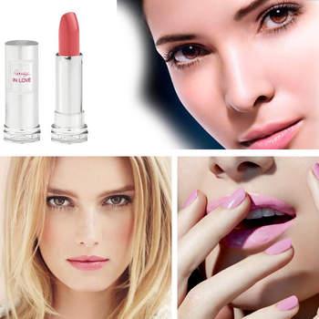 Foto Facebook oficial de Lancome, Chanel y MAC Cosmetics