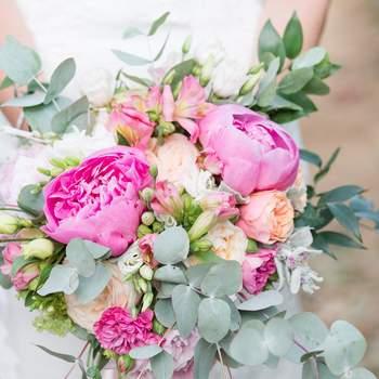 Bouquet de mariée fleurs roses La Fabrique d'Etoiles Filantes