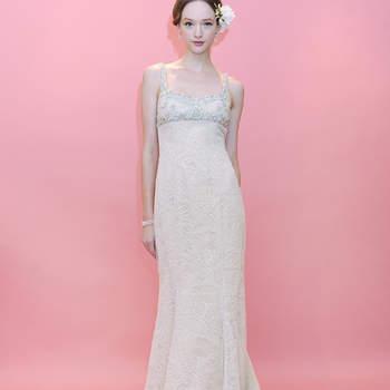 Tombé impeccable et fluidité donnent à cette robe de mariée Badgley Mischka 2013 beaucoup d'élégance.