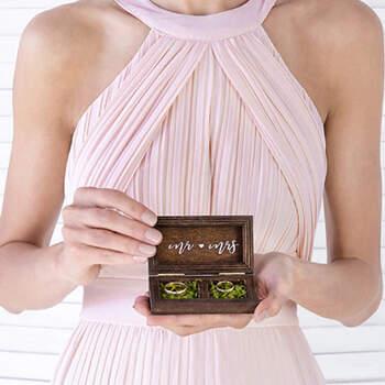 Caja de madera para anillos de boda- Compra en The Wedding Shop