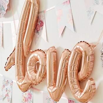 Ballon Love Rose Or - Achetez sur The Wedding Shop !