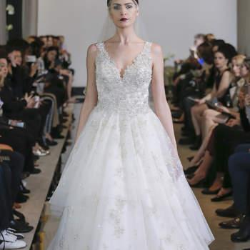 Justin Alexander. Credits: New York Bridal Week.