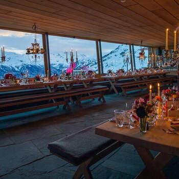 Interior El Paradiso mit Blick auf die Berge. Foto: Schweiz Tourismus Rent a Hotel