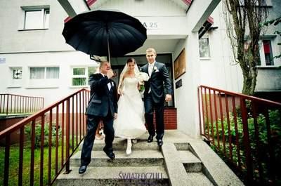 Sprawdzone sposoby na deszcz w dniu ślubu.