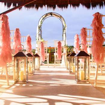 "Espaço especiais para celebrar o seu casamento: <a href=""https://www.zankyou.pt/f/zoomarine-527705/card/visit-web""> Zoomarine</a> - Faro"