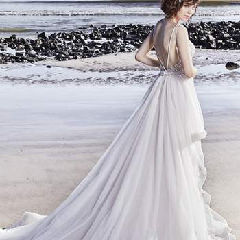 """<a href=""""https://www.maggiesottero.com/sottero-and-midgley/marcelle/11553"""">Maggie Sottero</a>"""