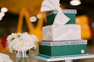 Decoración de boda en color verde esmeralda