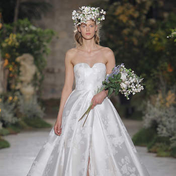 Credits: Reem Acra. Barcelona Bridal Fashion Week