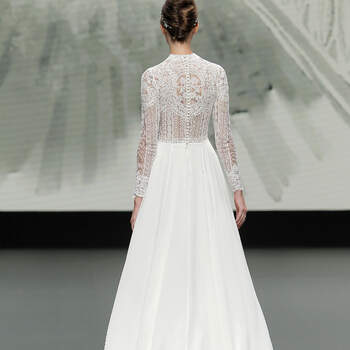 House of St. Patrick 2021 | Créditos: Valmont Barcelona Bridal Fashion Week 2020