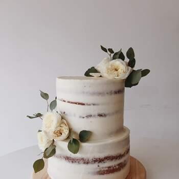 Foto: Hey Sugar Mx - Naked cake con flores blancas
