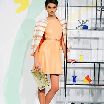 Las tendencias 2013 en vestidos de fiesta y Alice Olivia tienen estilos en degradé, estampados y colores metálicos. Fotos de Alice Olivia