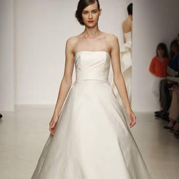 Vestido de novia sencillo, liso, escote strapless