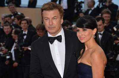 Alec Baldwin & Hilaria Thomas Wedding: Celebrity Guests, Designer Gown and Twitter Pics