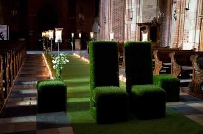 Pomysł tygodnia: wyjątkowe meble z trawy na Twoim ślubie