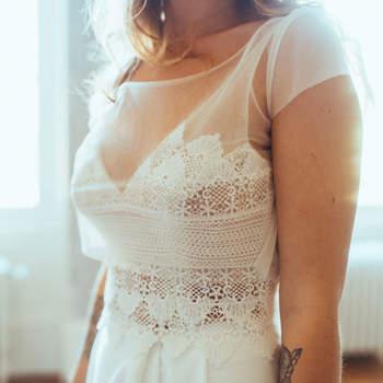 Robe de mariée chic et moderne modèle Marie - Crédit photo: Elsa Gary