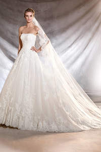 Brautkleider von Pronovias 2017